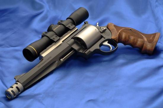 Smith & Wesson Magnum