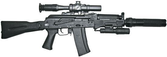 АК9 с оптическим прицелом ПСО-1М2-1, тактическим фонарем и прикладом по типу АК-74М