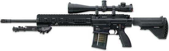 HK417 (вариант Sniper) со стволом длиной 508 мм с установленными оптическим прицелом и сошками