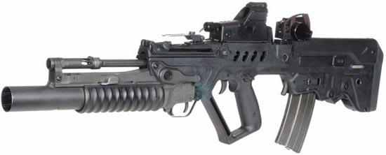 Tavor TAR 21 с установленным 40-мм подствольным гранатометом М203