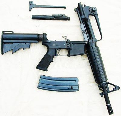 Colt Commando Model 733 при неполной разборке
