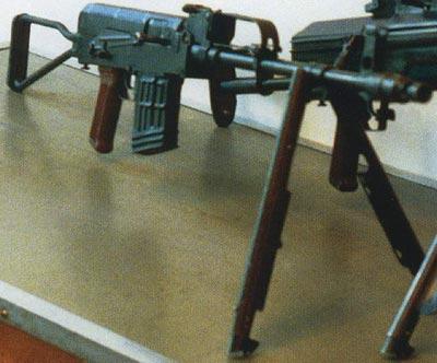 7,62-мм автоматическая винтовка Барышева АВБ-7,62 на сошках