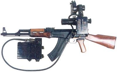 автомат Калашникова АК укомплектованный прибором ночного видения НСП2