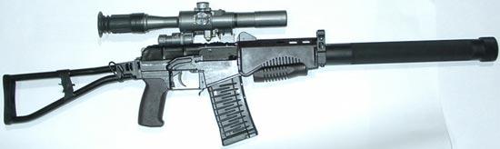 СР-3М с пластиковым магазином на 20 патронов и установленными глушителем и оптическим прицелом