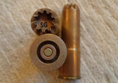 специальный патрон 12/14, разработанный для использования в Greener police gun Mark III