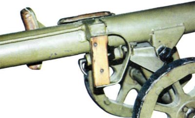 рукоятка спускового механизма гранатомета СПГ-82 / СГ-82
