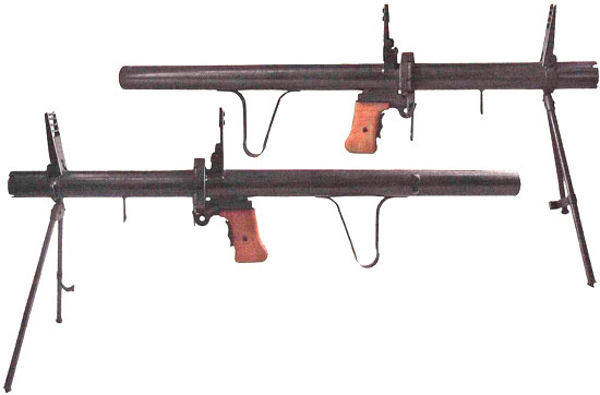 Экспериментальный гранатомет образца 1952 года, у которого механизм питания капсюлями-воспламенителями был выполнен в виде вращающегося цилиндра (барабана) емкостью в шесть капсюлей