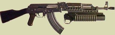 М203 установленный на автомате Калашникова