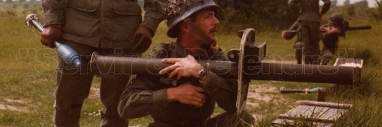 LRAC Mle 50 при заряжании и стрельбе