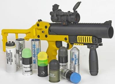 GL-06 в «полицейском» варианте LL-06, с набором различных «несмертельных» выстрелов
