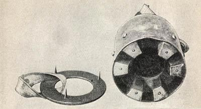 Panzerhandmine 3 (хорошо видно кольцо с шипами)