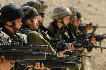 Израильские военнослужащие с американским стрелковым оружием