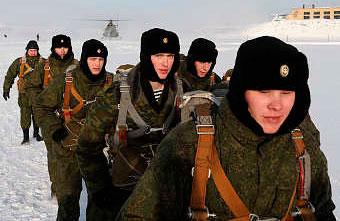 Бойцы берегового подразделения Северного флота