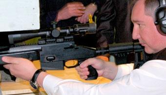 Рогозин: пистолет, снайперские винтовку и гранатомет создадут в РФ