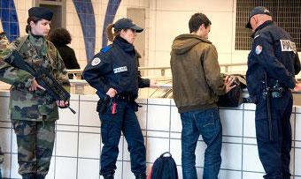 Франция - полиция изымает всё больше оружия