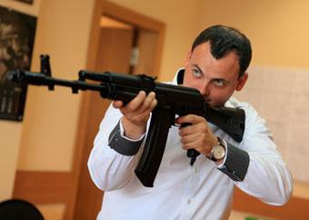 «Ижмаш» представит новый карабин «Сайга-9» и страйкбольный АК-74М