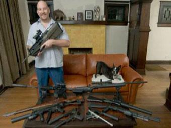 Выкуп по-американски: оружие меняют на подарки от властей