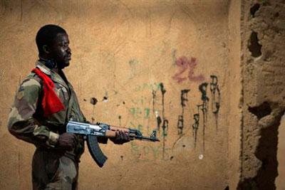 Россия продала Мали три тысячи автоматов Калашникова