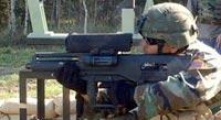 Американский солдат с гранатометом XM25