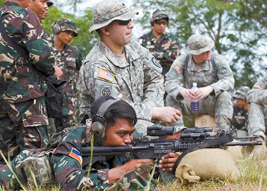 Сухопутные войска Филиппин получат 63 тыс. винтовок M4