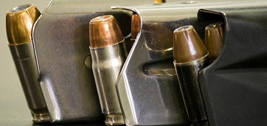 В Америке пытаются провести запрет на полуавтоматическое оружие со сменными магазинами