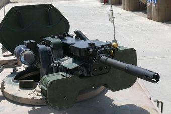 40-миллиметровый гранатомет на крыше Dingo2