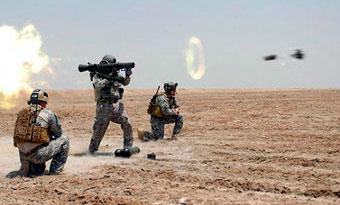 Бойцы SOCOM ведут огонь из Carl Gustav M3