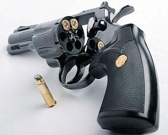 Огнестрельным оружием в США владеет 47% населения