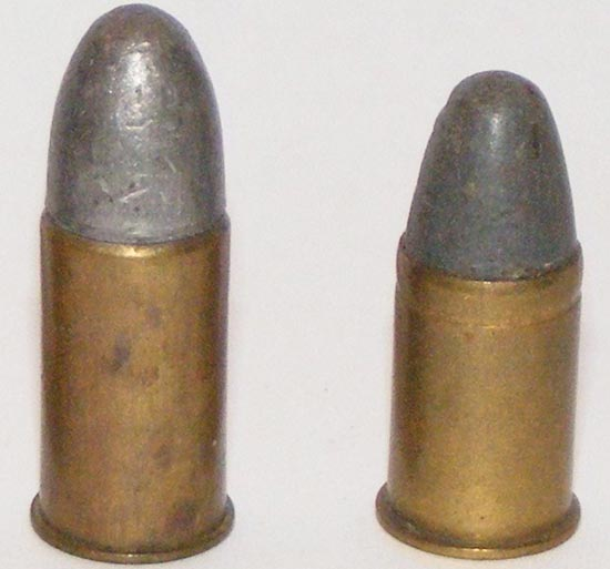 .455 Webley Mk I (слева) .455 Webley Mk II (справа)