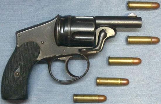 пистолет Tue Tue с патронами 8x24 R