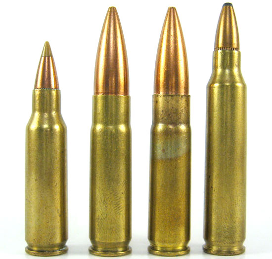 Слева - направо: .221 Remington Fireball, .300 Whisper, 300 AAC Blackout, .223 Remington