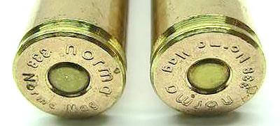 Клеймо фирмы-производителя с указанием калибра пули на дне гильзы патрона .338 Norma Magnum