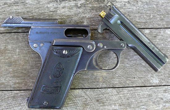 Steyr-Pieper M1908 затвор в заднем положении, ствол откинут