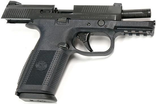 Пистолет FN FNS на затворной задержке