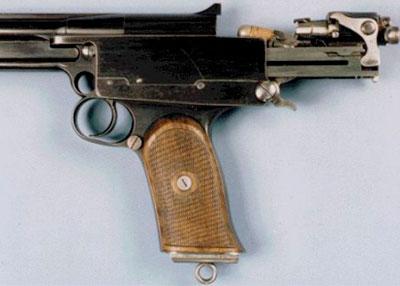 положение затвора пистолета «Mars» при досылании патрона