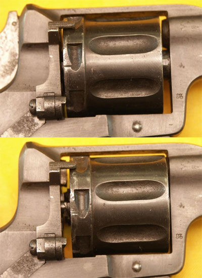 расположение барабана револьвера Nagant M 1895 со спущенным (вверху) и взведенным (внизу) курком