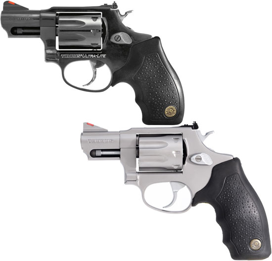 Taurus M 941 B2 UL (сверху) и Taurus M 941 SS2 (снизу)