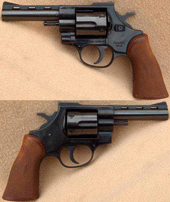 Arminius HW 38 с длиной ствола 102 мм (улучшенная модель с рычагом разблокировки барабана, расположенным сзади казенника)