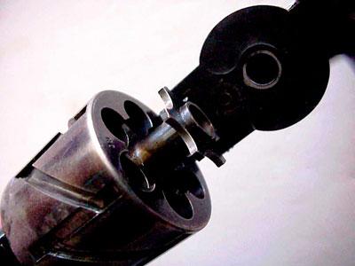 Mauser M 1878 No 2 Zig-Zag (вид на открытый барабан и экстрактор)