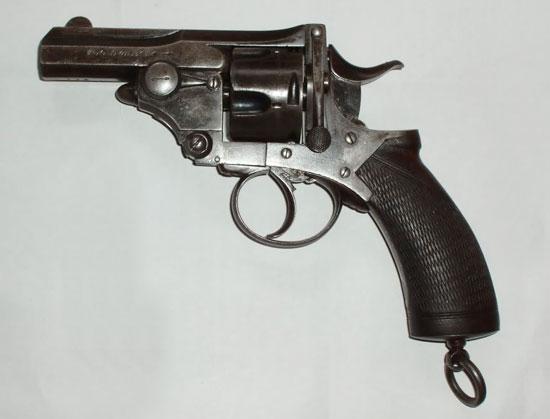 «Полицейский вариант» модели Webley Pryse отличался от базовой модели в основном укороченным стволом, несколько измененной формой скобы и рукоятки (калибр - .450 (11,4 мм), длина - 190 мм, длина ствола - 89 мм, вес без патронов - 0,7 кг, емкость барабана - 5 патронов)