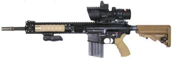 L129A1 Sharpshooter rifle с установленной дополнительной передней рукояткой