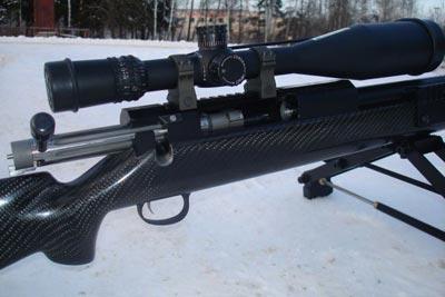 Снайперская винтовка Лобаева СВЛ калибра .408 Chey-Tac вид на затвор и прицел с креплением