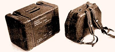 «Малютка» в чемодане-ранце 9П111 (справа) при несущественной разнице в весе значительно компактнее и транспортабельнее западногерманского снаряда «Мамба» в укупорке – модернизированной «Кобры» выпуска 1972 года