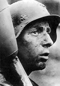 «Фаустник». 1945 год