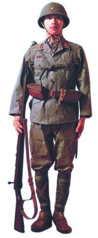Японский пехотинец с винтовкой «Арисака» «тип 99»