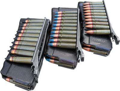 20-зарядные магазины к специальному автомату АС с 10-зарядными обоймами с 9 х39-мм специальными патронами (слева направо): 7 Н12; СП. 6; СП. 5
