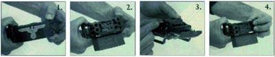 Пользование пряжкой-пистолетом Маркуса: 1 – «расстегивание» пряжки, 2 – пряжка в «открытом» состоянии, 3 – заряжание, 4 – производство выстрела.