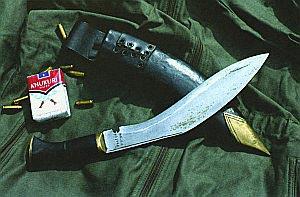 Официальная модель ножа «Курки» непальских гуркхов, как и прежде, производится методом ручной ковки