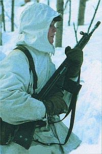Солдат бундесвера со штурмовой винтовкой G.3A3