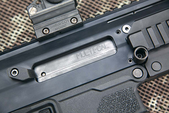 Надпись Multi-cal на затворной раме намекает, что винтовка способна  работать также в калибрах 6,8 Remington SPC и 7,62х39, однако комплекты  для перехода на них— пока лишь в перспективе
